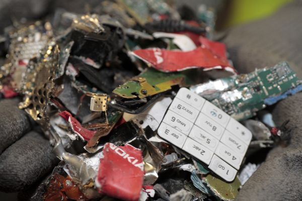600-nokia_recycling_12