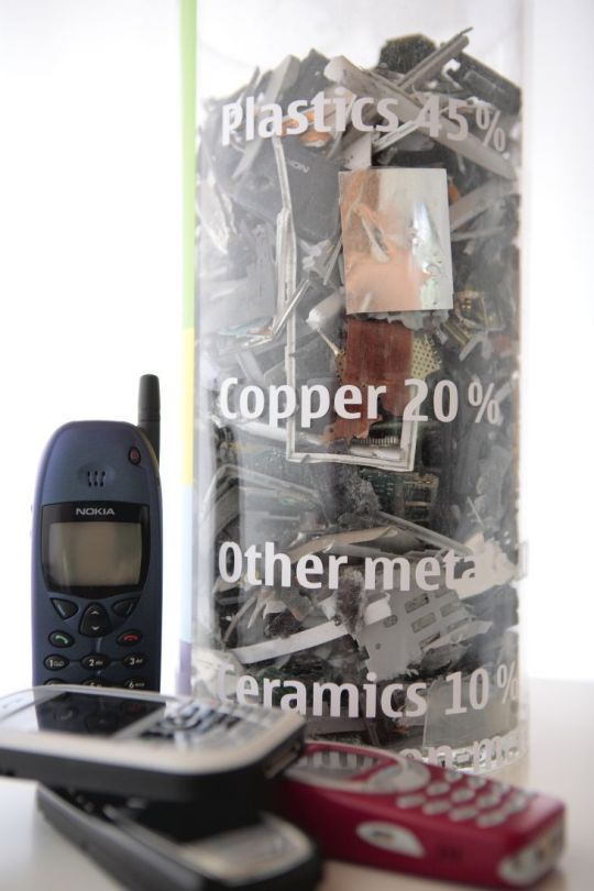 700-nokia_recycling_01